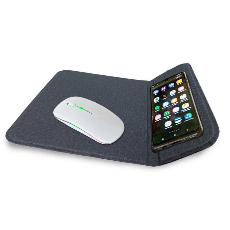 משטח שולחני לעכבר מחשב עם מטען אלחוטי מהיר